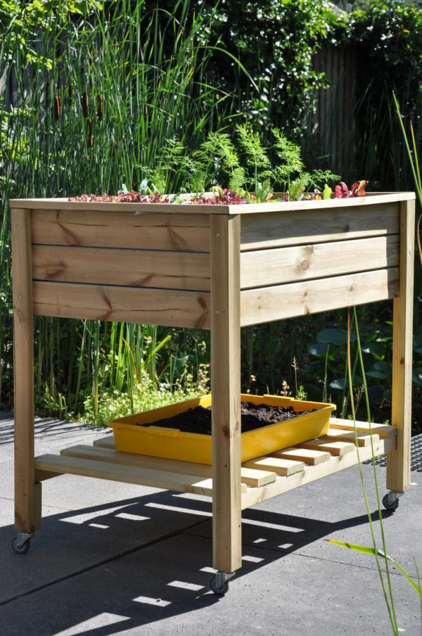 Planter-On-Wheels Royal Well
